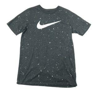 Nike youth boys black white short sleeve t shirt